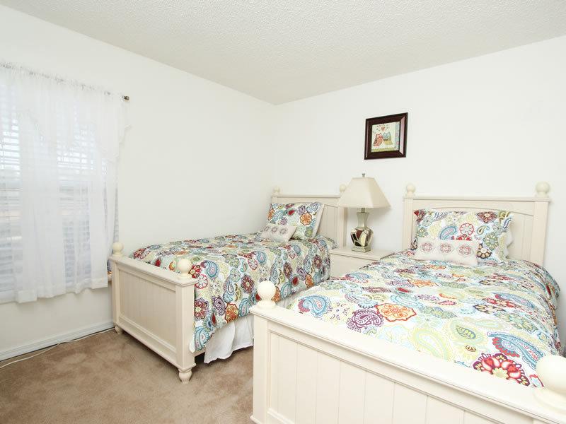 Villa 8677 La Isla Drive Emerald Island Orlando