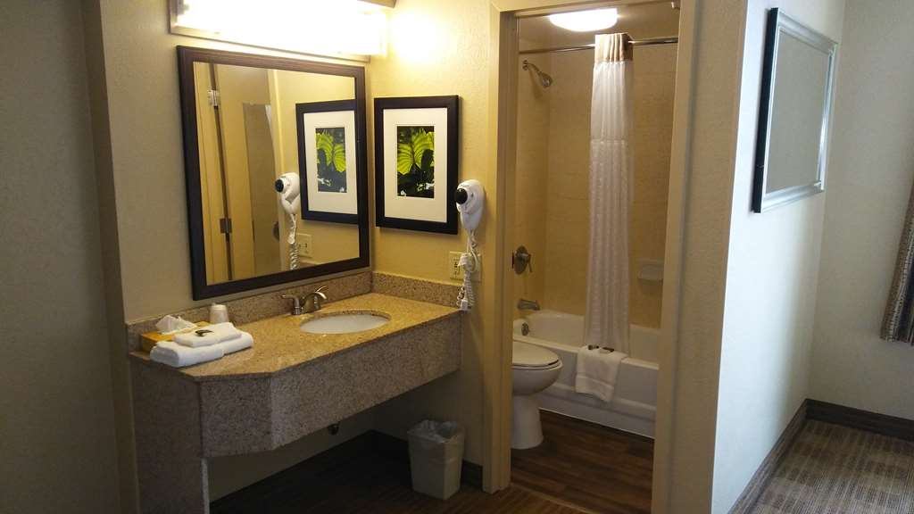 Gallery image of Extended Stay America Tampa Airport N. Westshore Blvd.