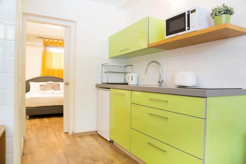 Ziv Apartments Arnon 14