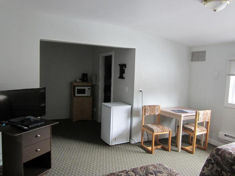 Gallery image of Bell Mountain Motel Mcbride