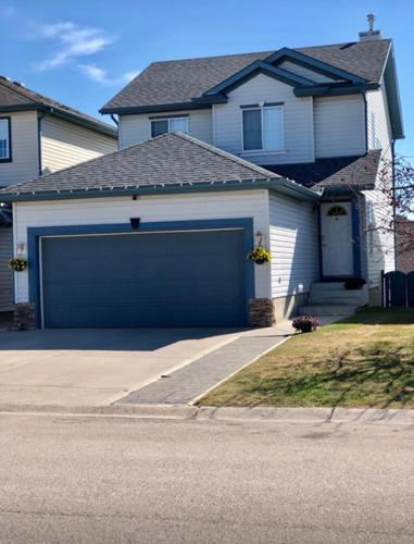 3 Bedroom House in Calgary
