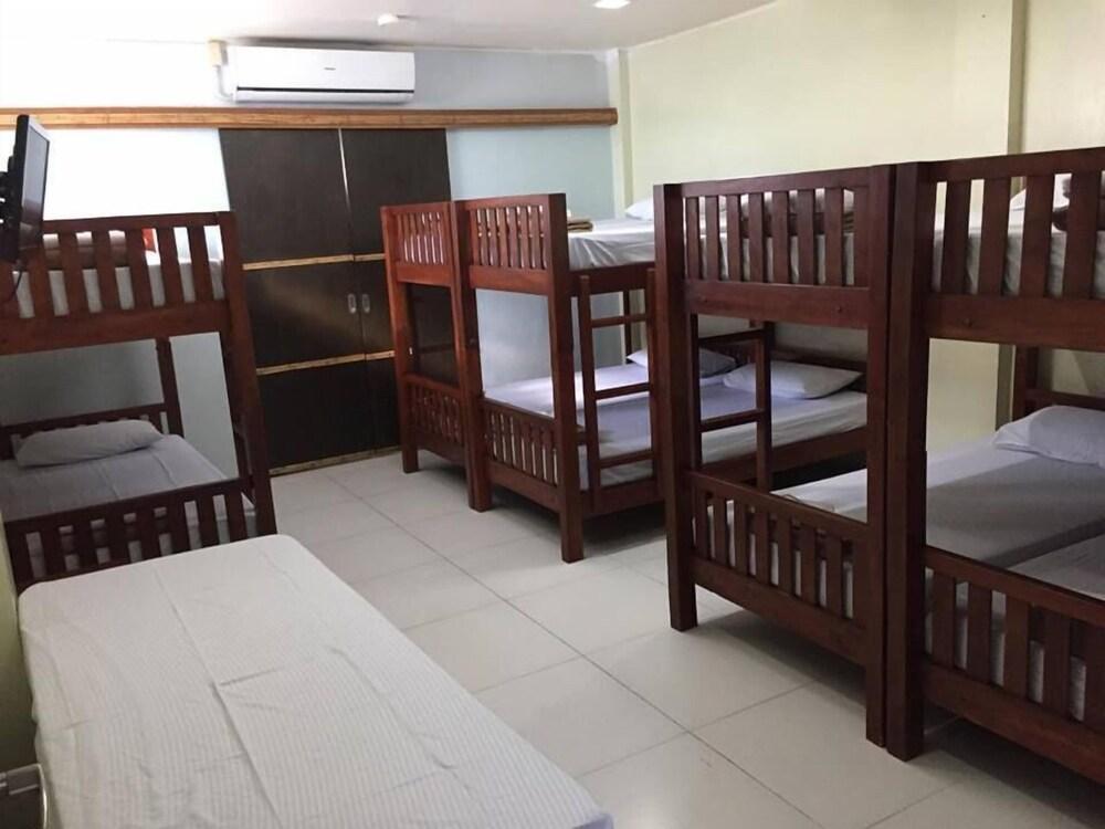 ZEN Rooms Cordillera Family Vigan