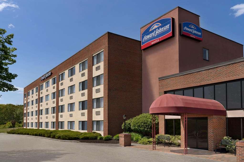 Gallery image of Howard Johnson Hotel by Wyndham South Portland
