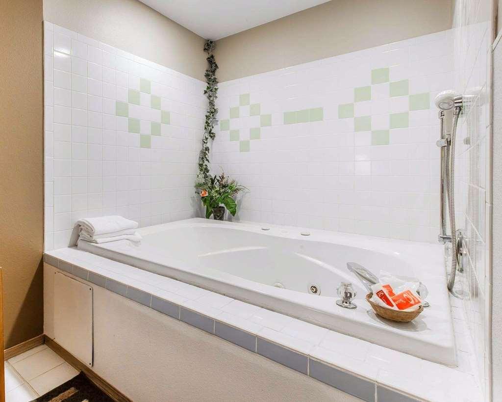Gallery image of Econo Lodge Near Suncadia Resort