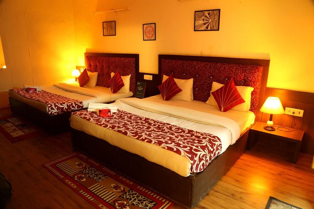 Anantkoti Hotel