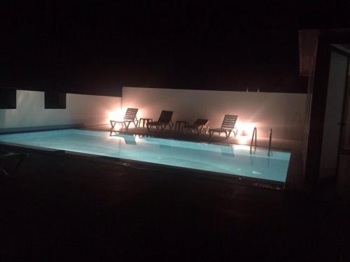 Modern 2 bedroom flat with rooftop pool and walking distance to Girne tourist port