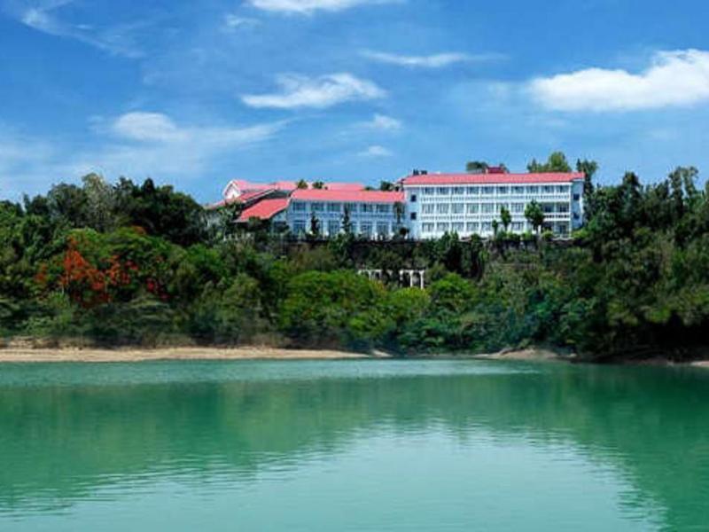 Wusanto Huching Resort Hotel