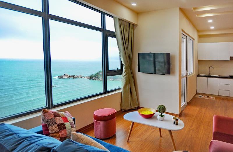 Beachfront Apartment Luxury 17