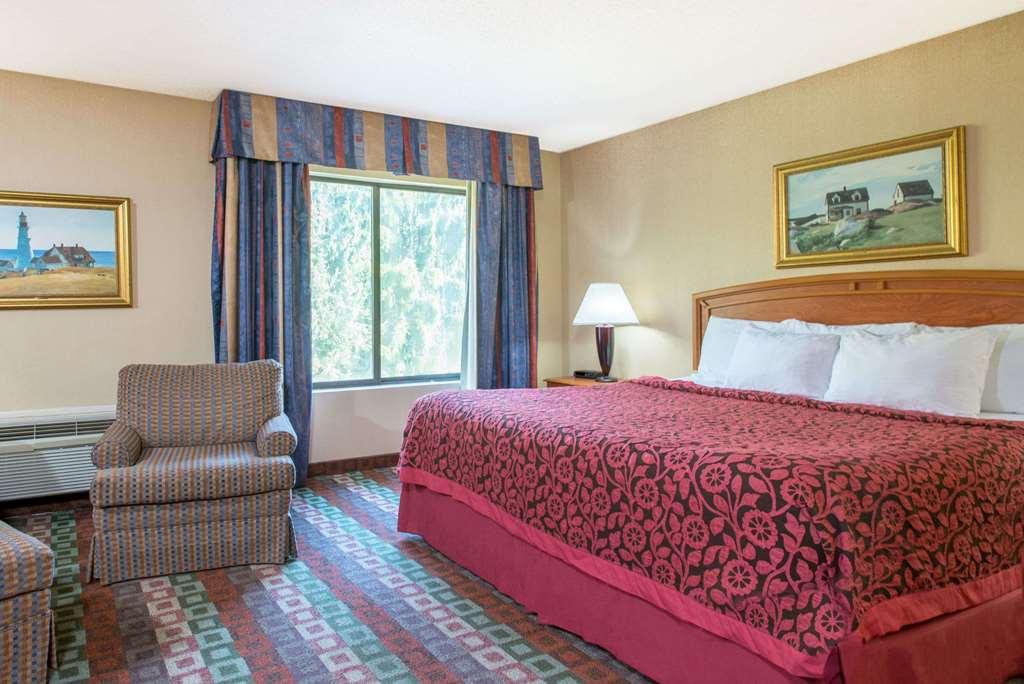 Gallery image of Days Inn by Wyndham Mystic
