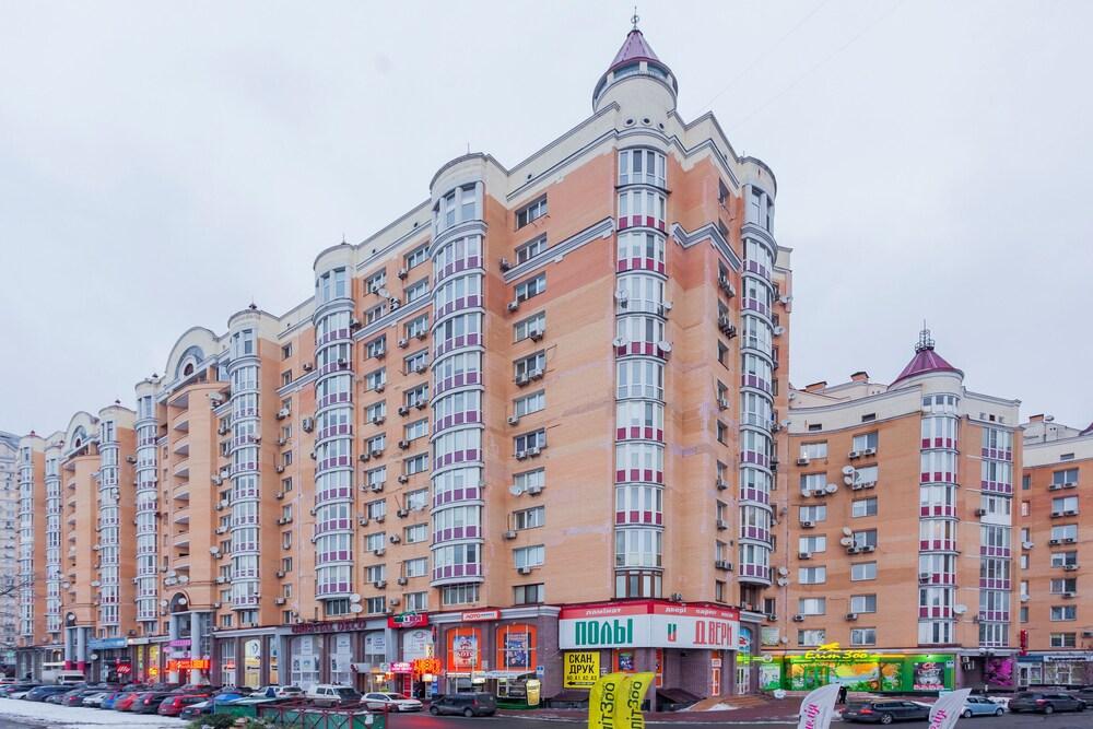 Luxury apartment near the Dnieper embankment