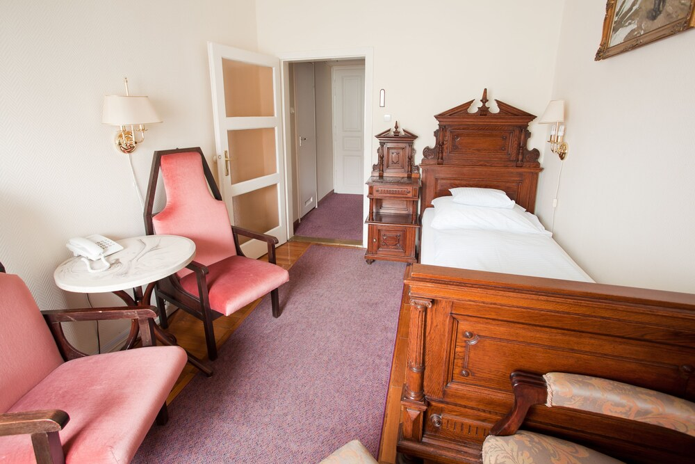 Gallery image of Pannonia Hotel
