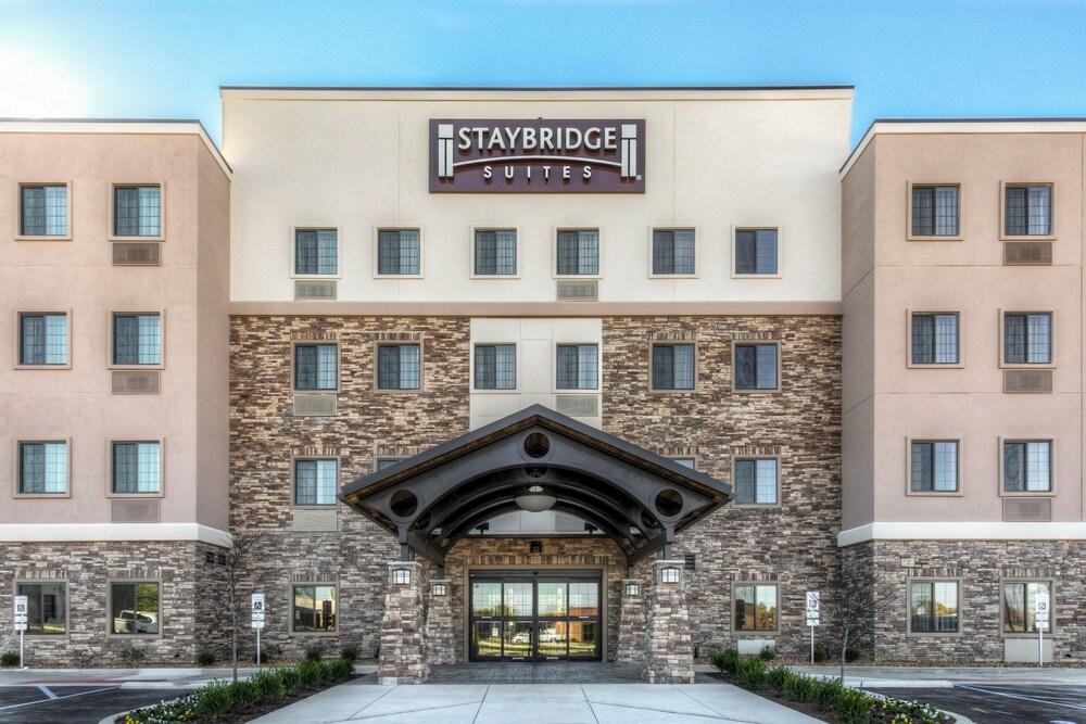 Staybridge Suites St Louis Westport