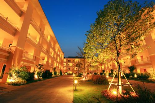 The One Residence Hotel