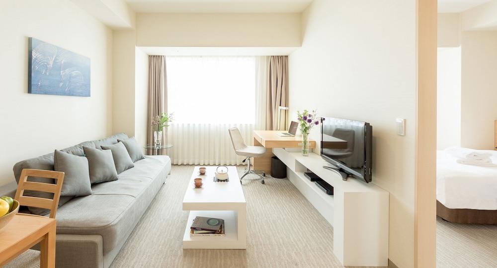 Gallery image of Fraser Residence Nankai Osaka
