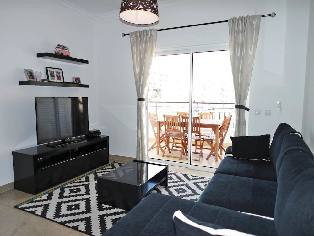 C02 Luxury 3 bed with Pool by DreamAlgarve