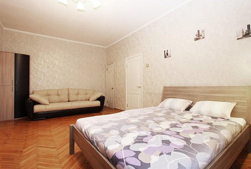 Apartlux Frunzenskaya Riverside