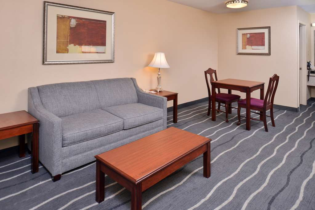 Gallery image of Best Western Irving Inn & Suites at DFW Airport