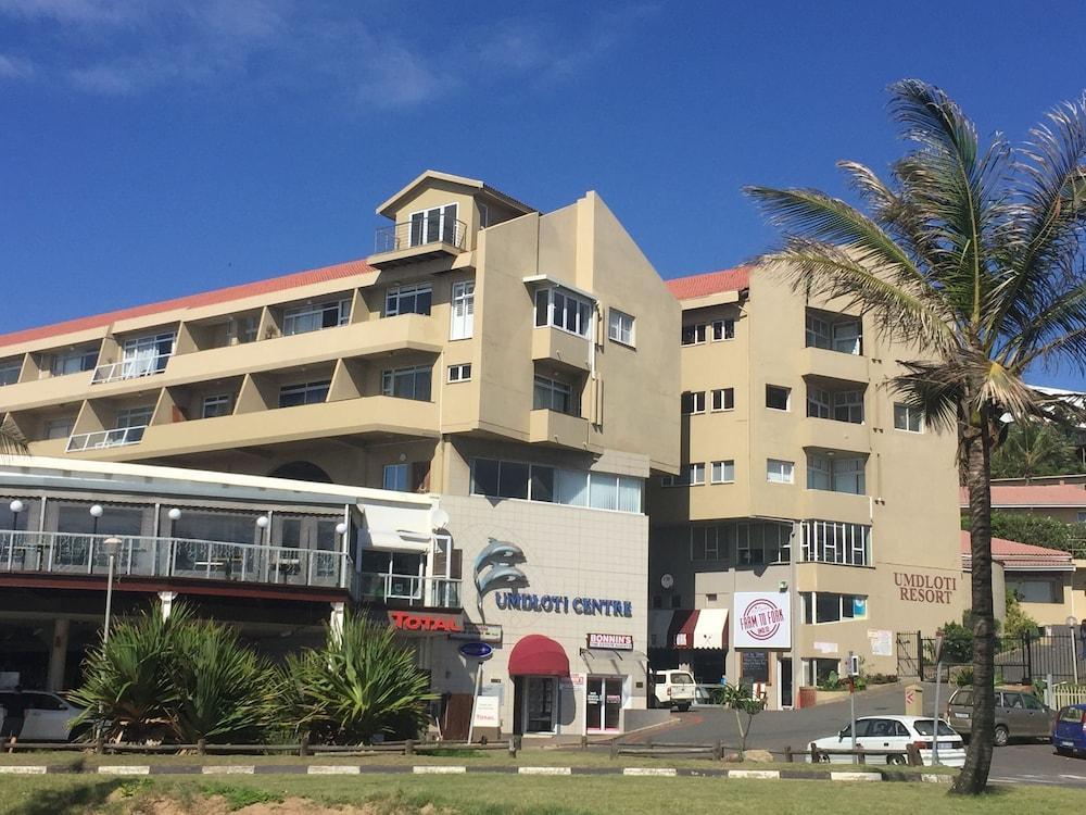 606 Umdloti Beach Resort
