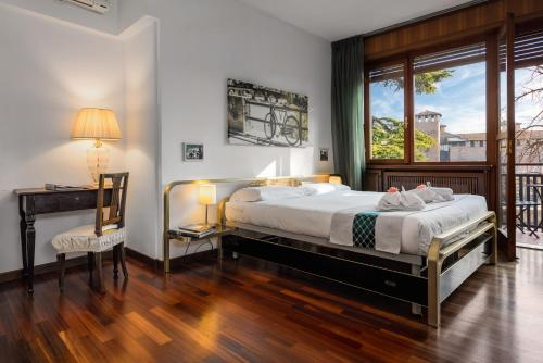CastleView Room