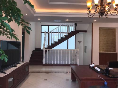 Jingshitan Pushuxi Holiday Villa