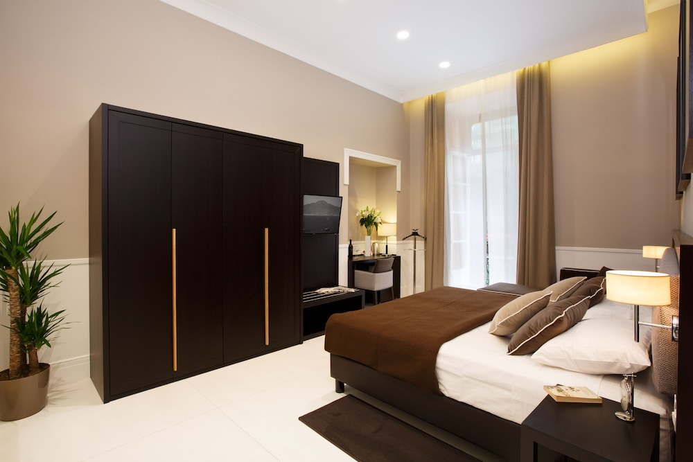 Nap Luxury Guest House