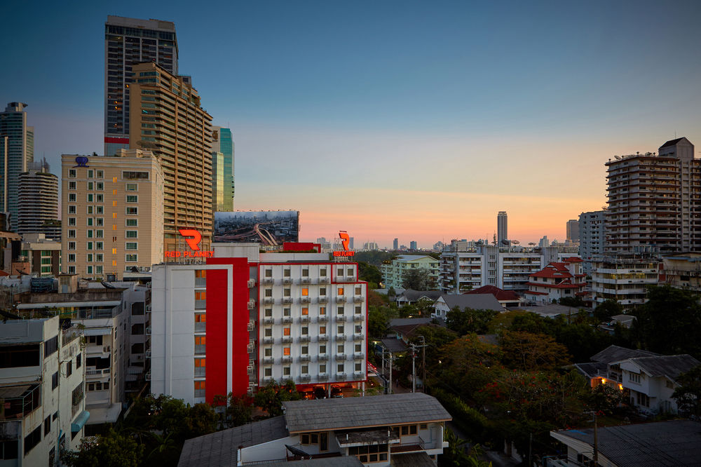 Gallery image of Red Planet Bangkok Asoke