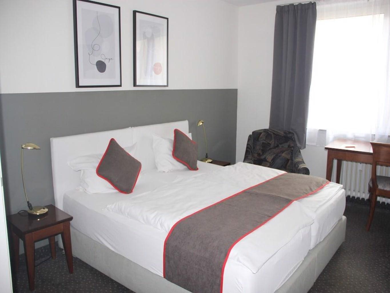 Oyo Hotel Enger Hof