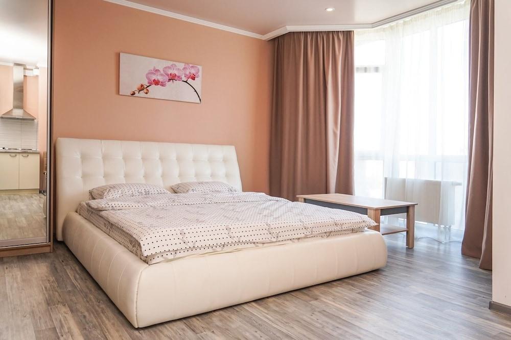 Уютная квартира в Новострое рядом с центром