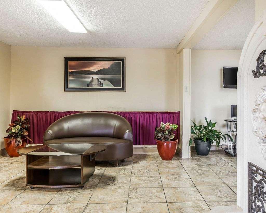 Gallery image of Econo Lodge Macon