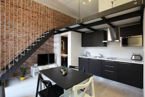 Apartment House The Modern Flat
