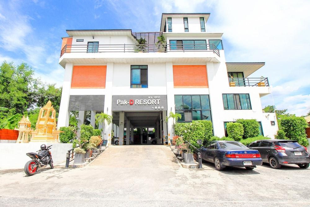Oyo 318 Pak D Resort