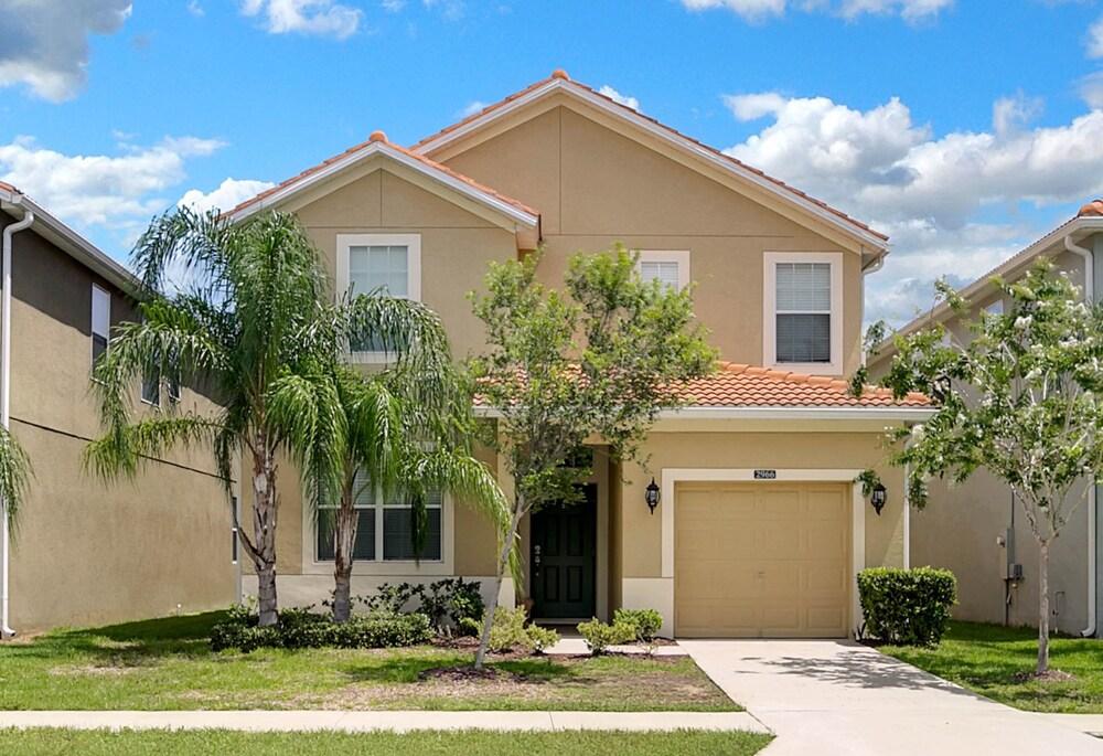 Villa 2966 Buccaneer Palm Rd Paradise Palms