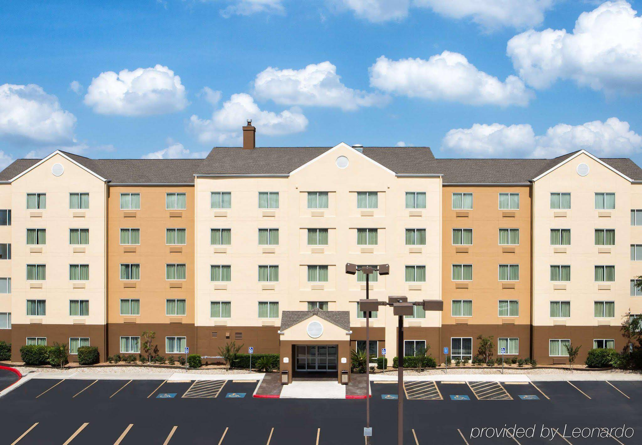 Fairfield Inn & Suites San Antonio Airport