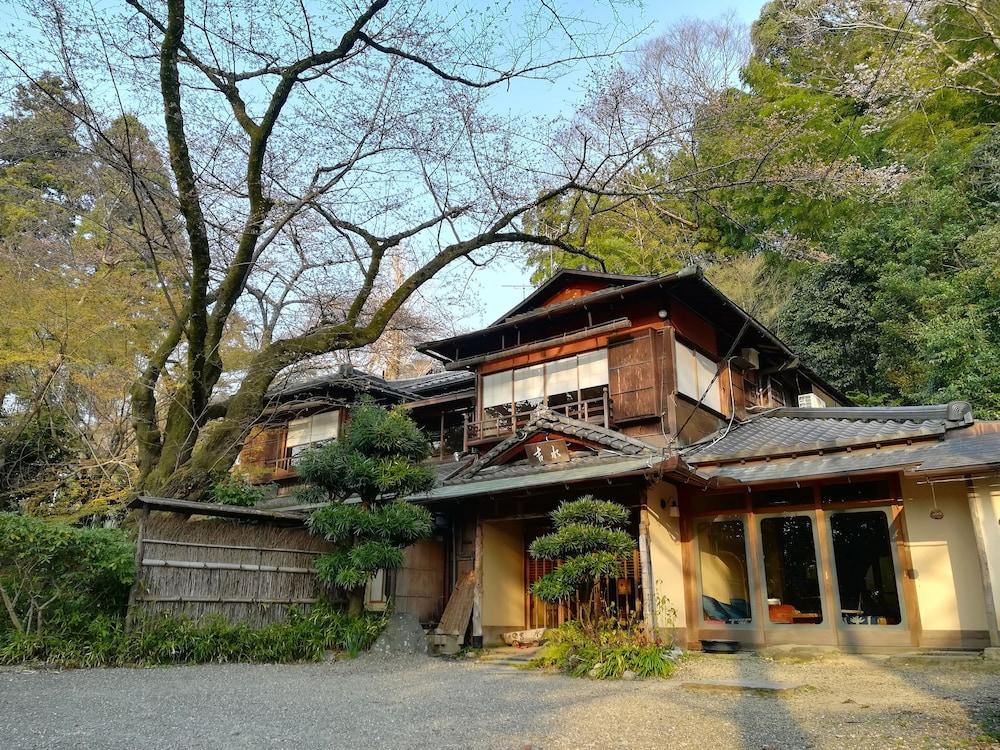Japanese Inn Yoshimizu