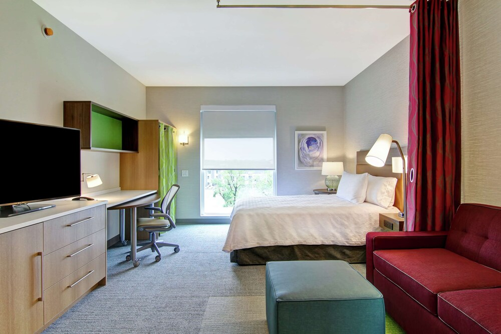 Gallery image of Home2 Suites by Hilton Montreal Dorval