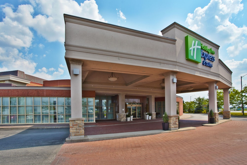 Gallery image of Holiday Inn Express Hotel & Suites Toronto Mississauga