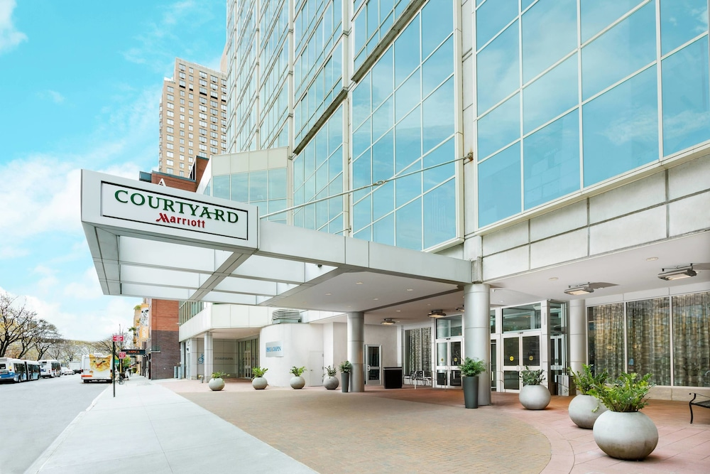 Gallery image of Courtyard Upper East Side