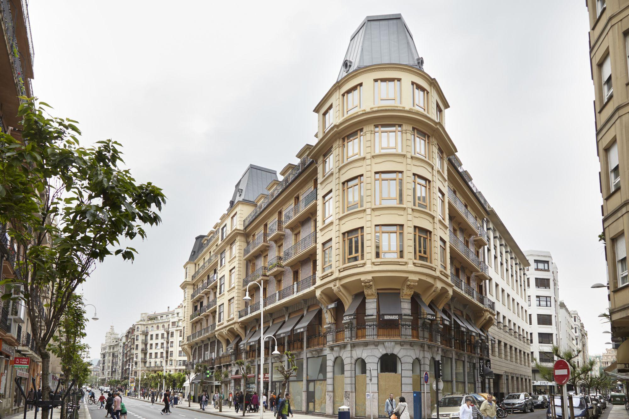 Mirakruz Attic Apartment By Feelfree Rentals