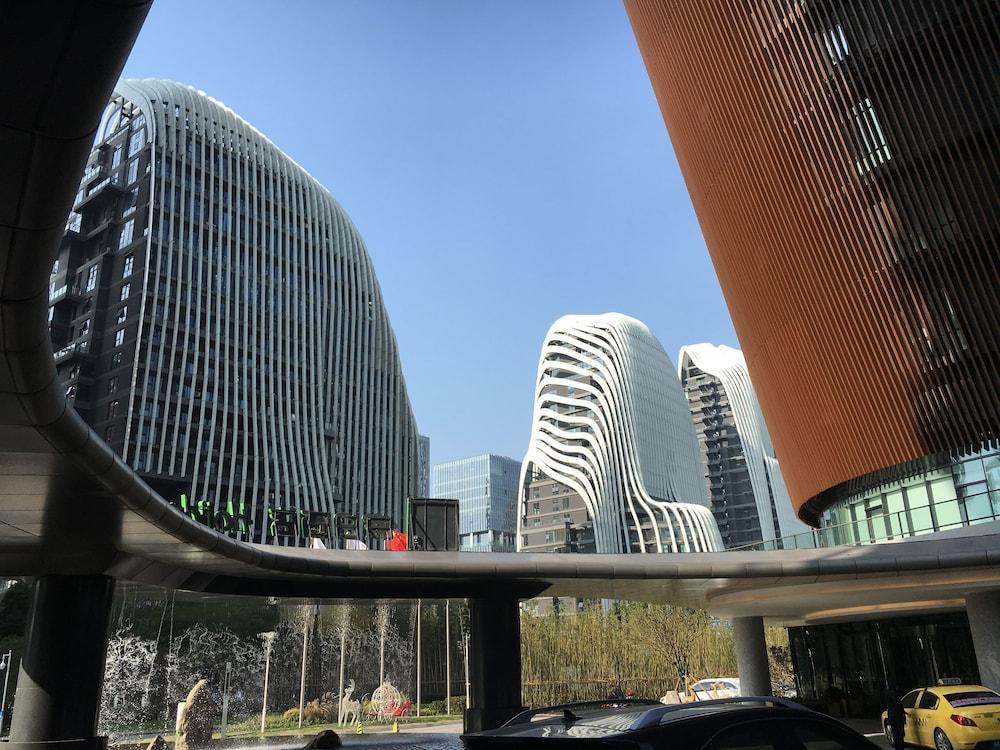 Nanjing Weibao Home Apartment