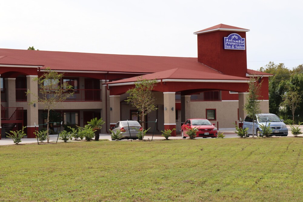 Atlantis Inn and Suites