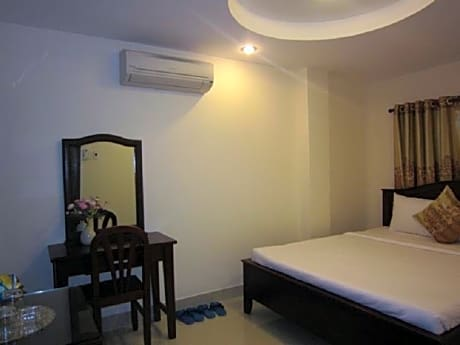 Gallery image of Nui Thanh Hotel