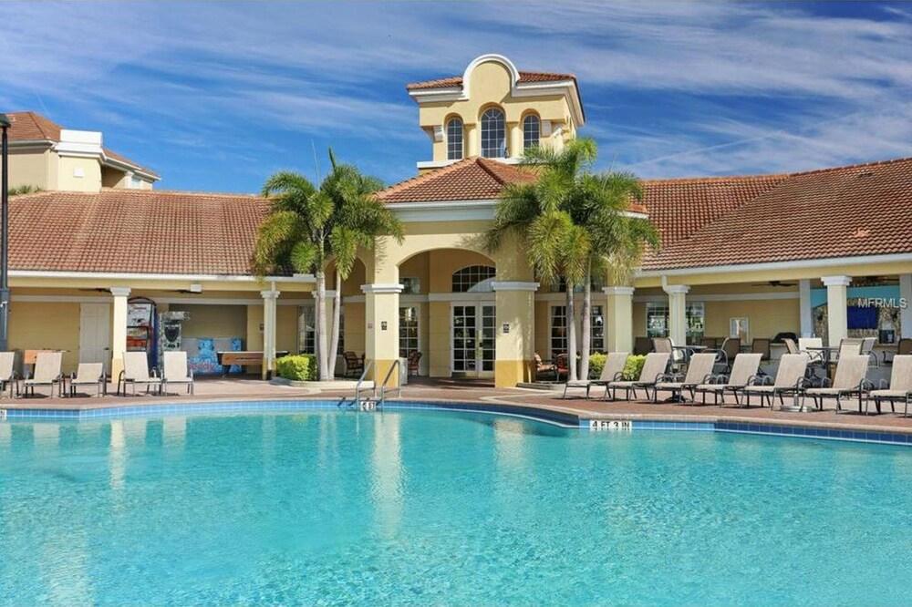 Clubhouse Escape At Vista Cay Resort 3 Bedroom Condo
