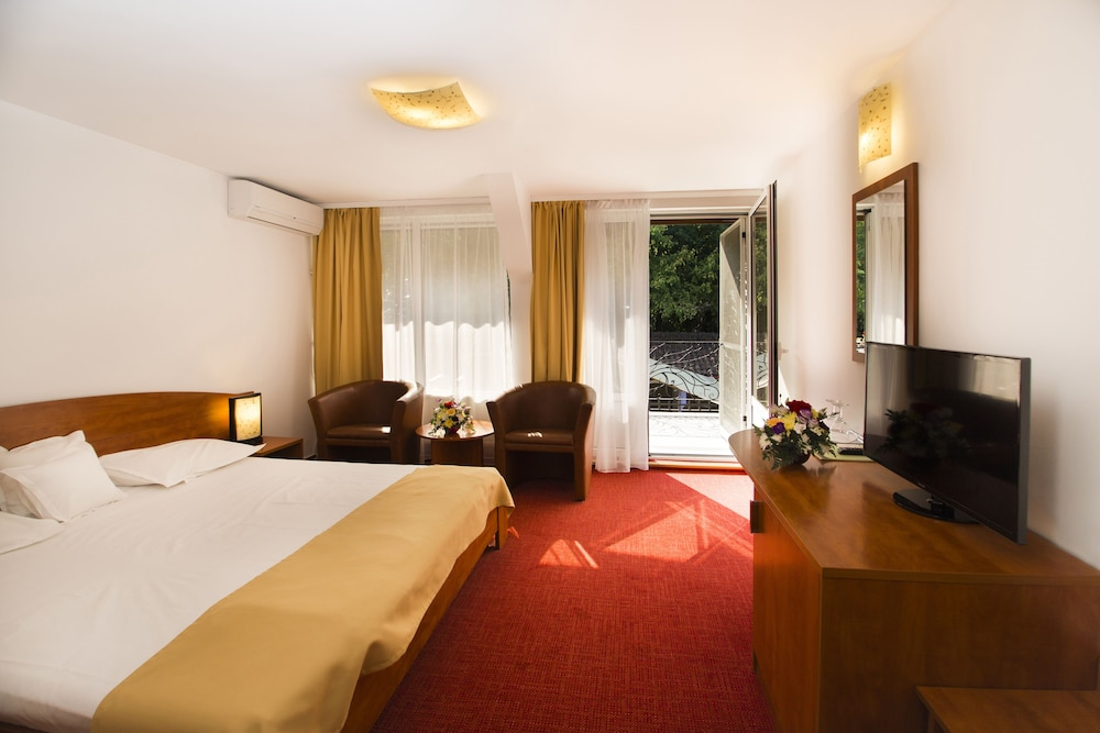 Hotel Herastrau