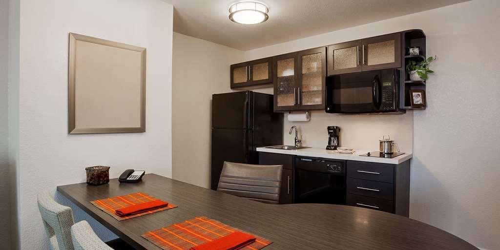 Gallery image of Candlewood Suites Birmingham Hoover