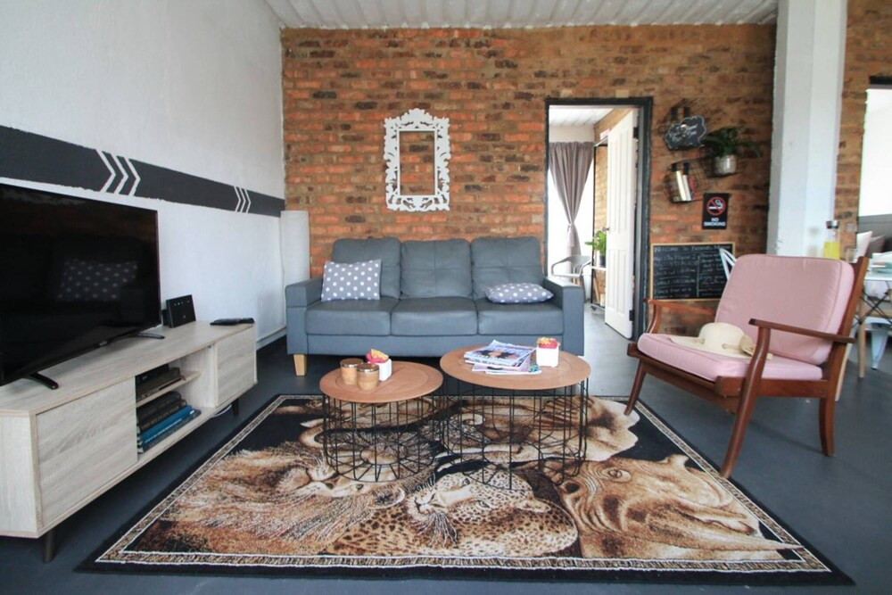 Retro vintage New Yorker Apartment in Centurion
