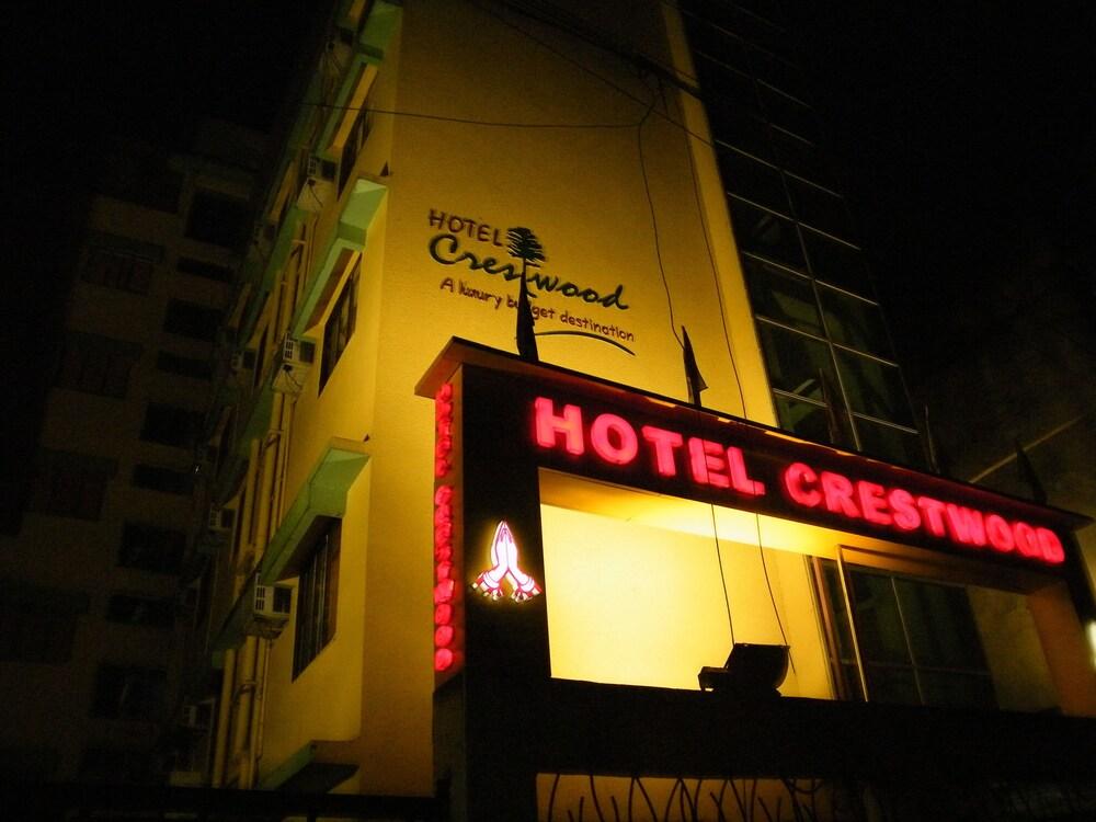 Hotel Crestwood