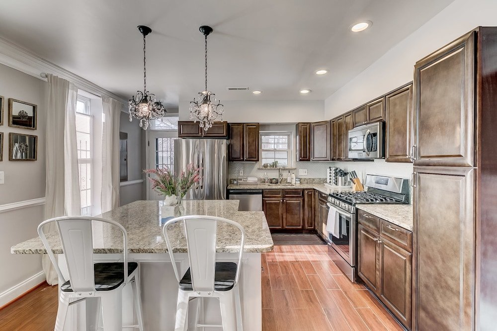 Luxury Home Steps From Convcenter&stadiums&harbor