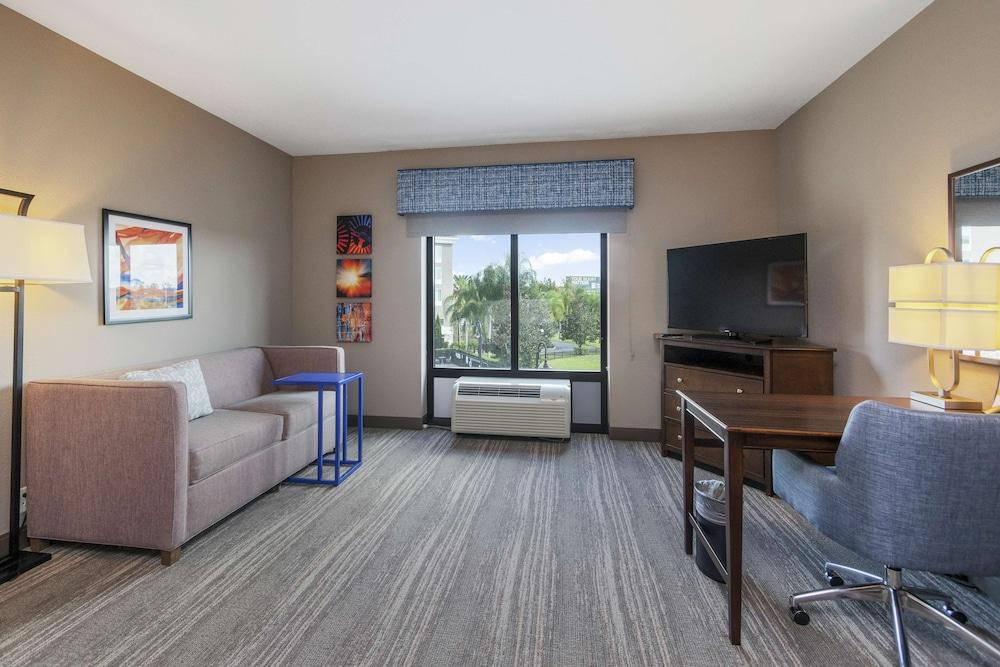Gallery image of Hampton Inn & Suites Orlando Apopka