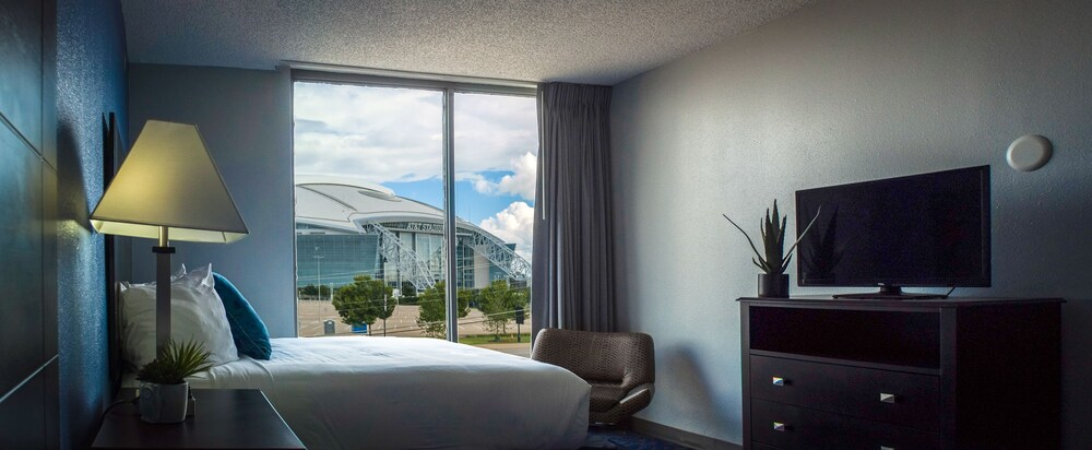Gallery image of Days Inn by Wyndham Arlington Six Flags AT&T Stadium
