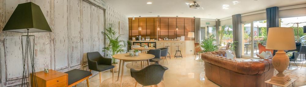 Gallery image of Hotel Costabella